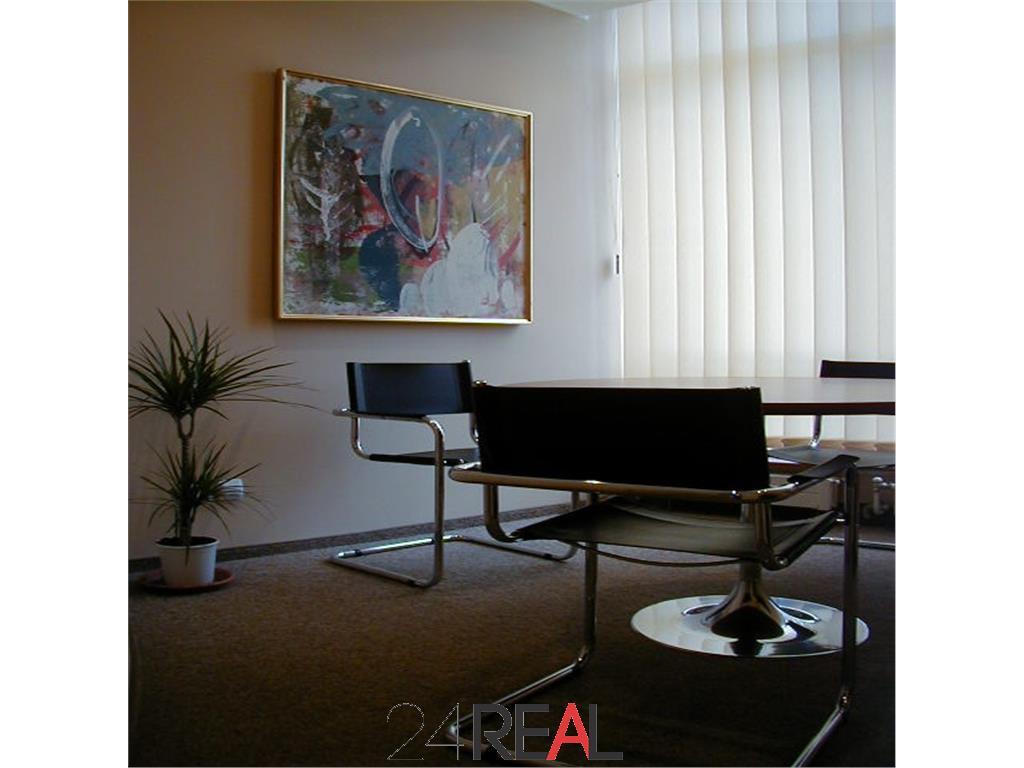Inchiriere birouri de mici dimensiuni - mobilate - utilitati incluse