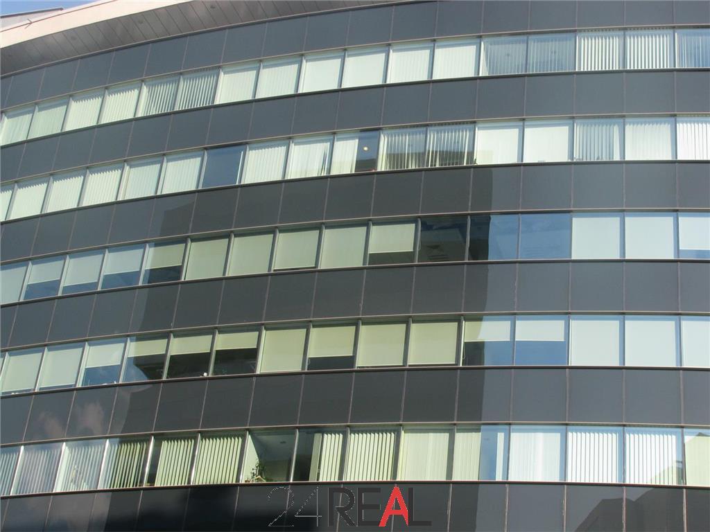 Birouri clasa A in Premium Point Office Center de la 400 mp - parter