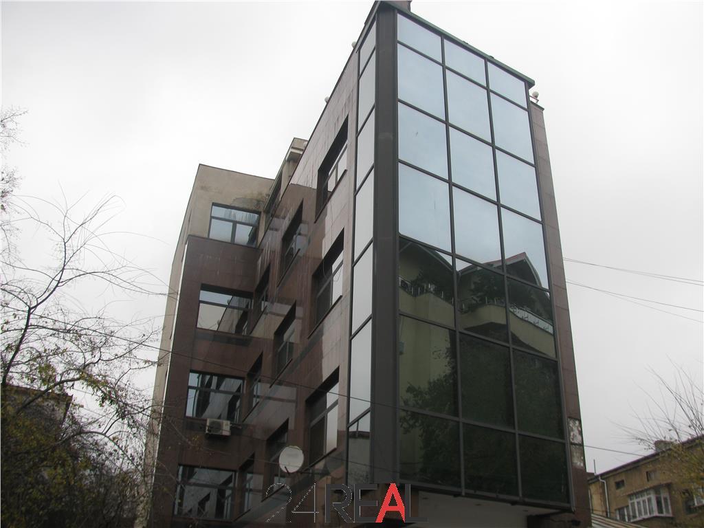 Cladire de birouri libera, de vanzare, in Dorobanti
