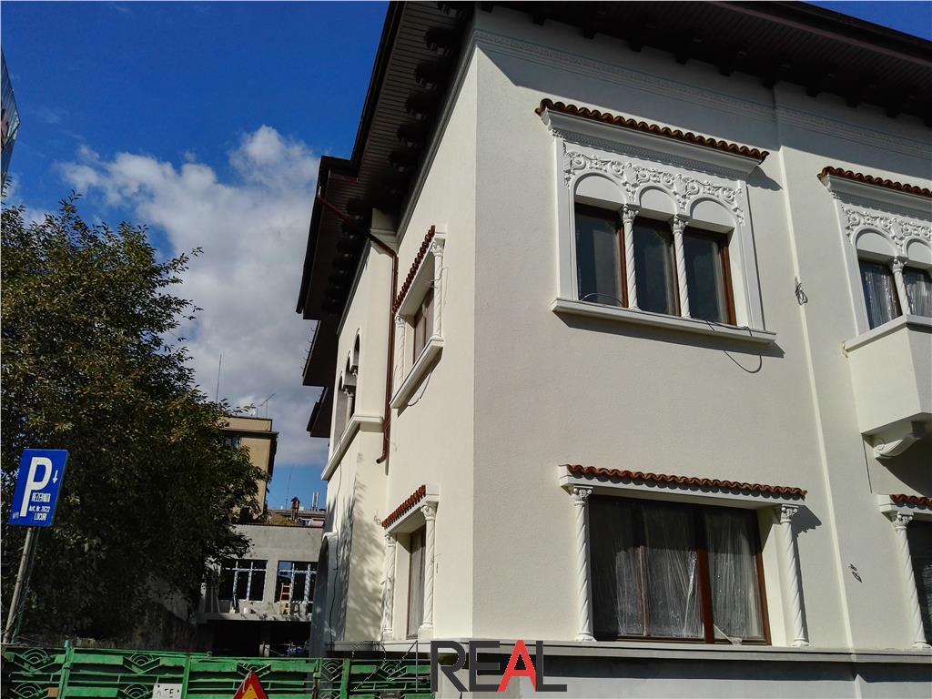 Vila clasica renovata - de vanzare