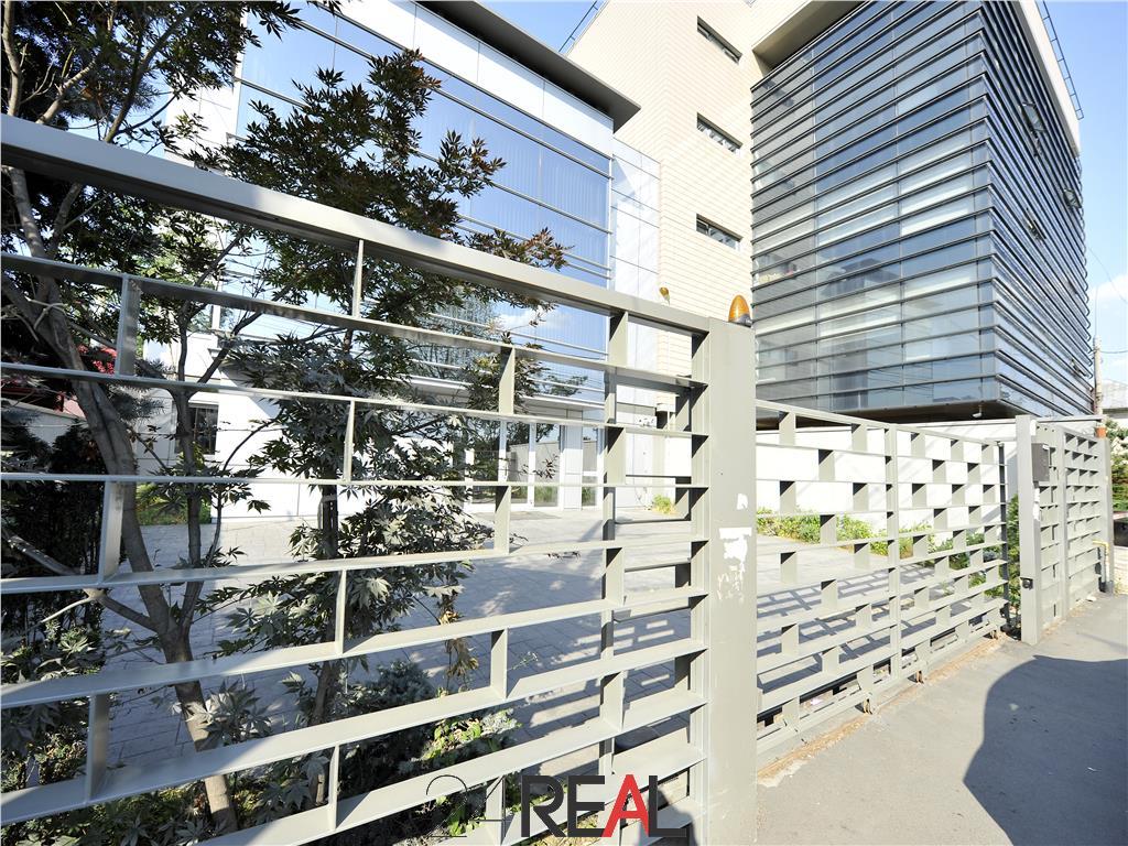 Spatiu de birouri de inchiriat - 220 mp - 4 locuri de parcare