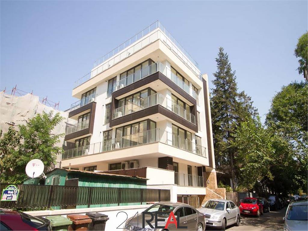 Cladire noua de inchiriat in Primaverii - 1247 mp - birouri/clinica