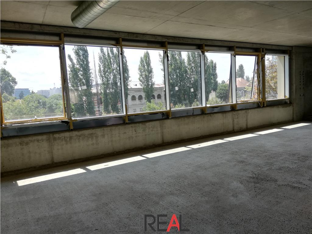 Cladire de birouri tip Boutique - Metrou Eroilor - SPLAY