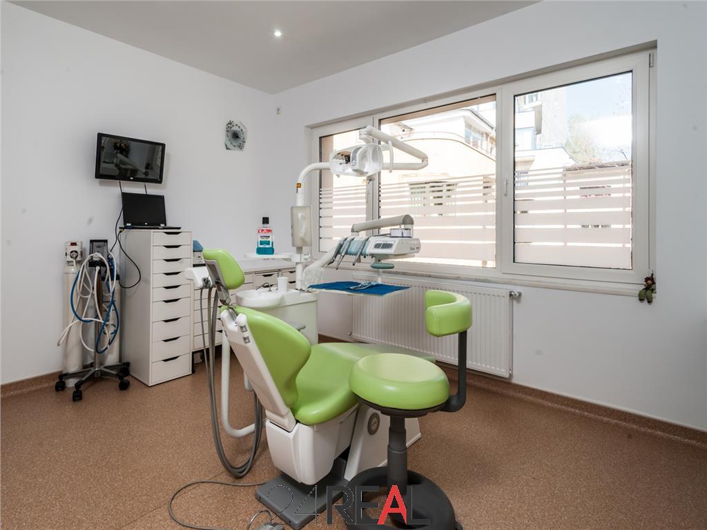 Vila amenajata clinica stomatologica - de vanzare