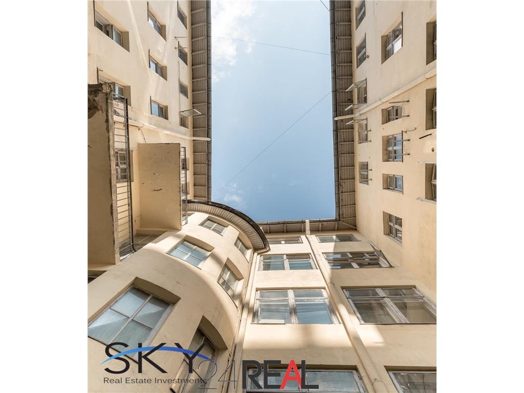 Vila de mari dimensiuni de vanzare pretabila birouri hotel clinica