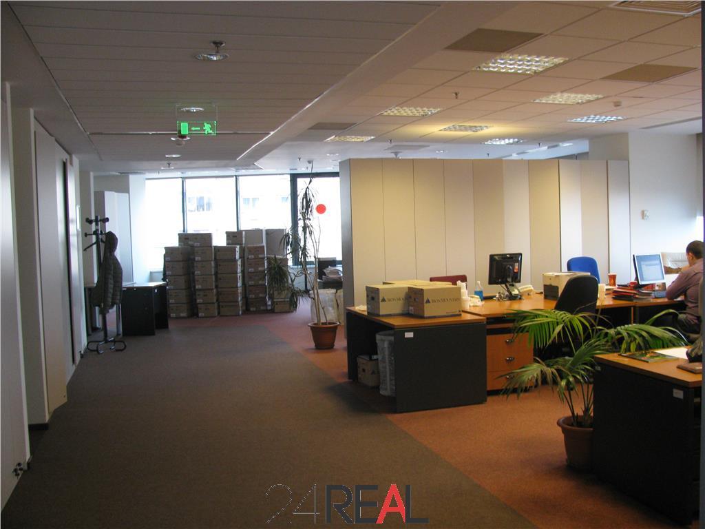 Investitie sigura - cladire de birouri - de vanzare