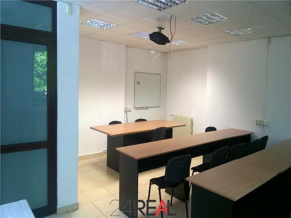 Cladire de birouri sau pentru clinica medicala langa ParkLake Mall