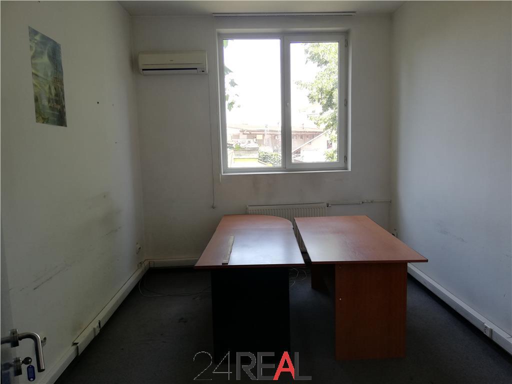Spatiu 385 mp - 20 camere decomandate - pentru birouri