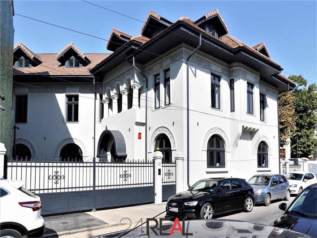 Vila pentru birouri renovata recent, ultracentral