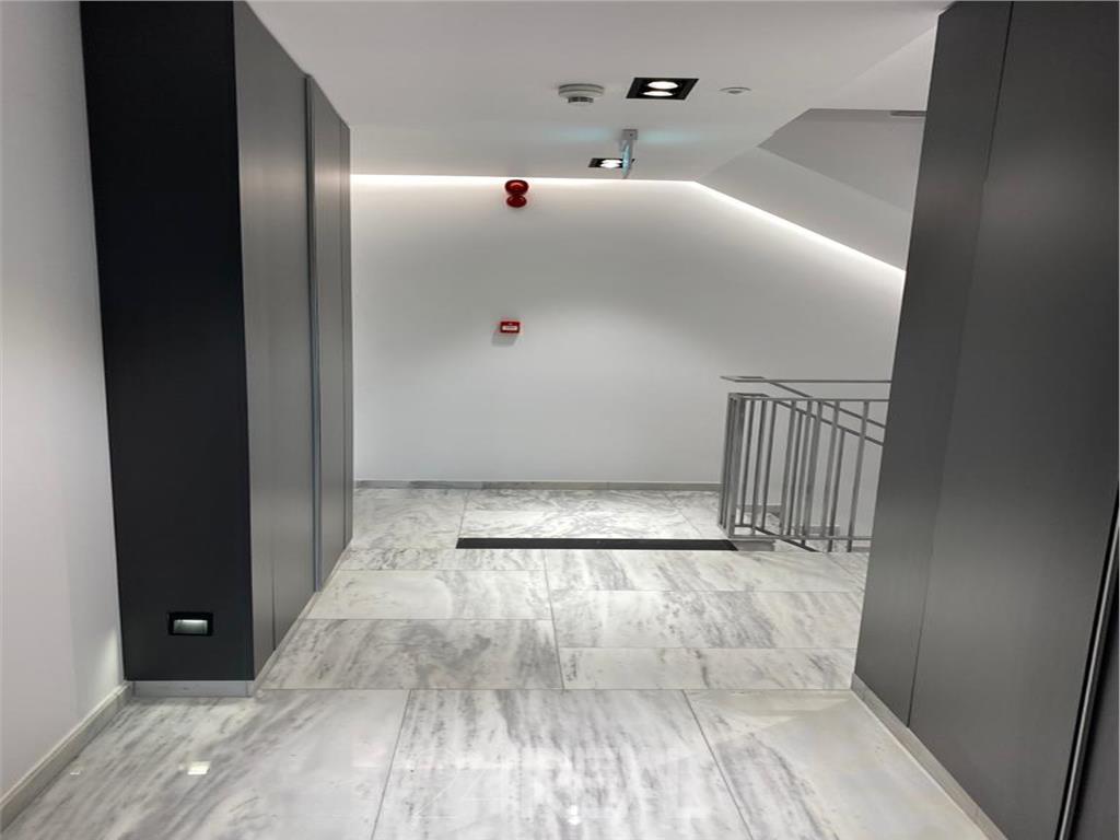 Inchiriere studio in One Herastrau Plaza - totul nou