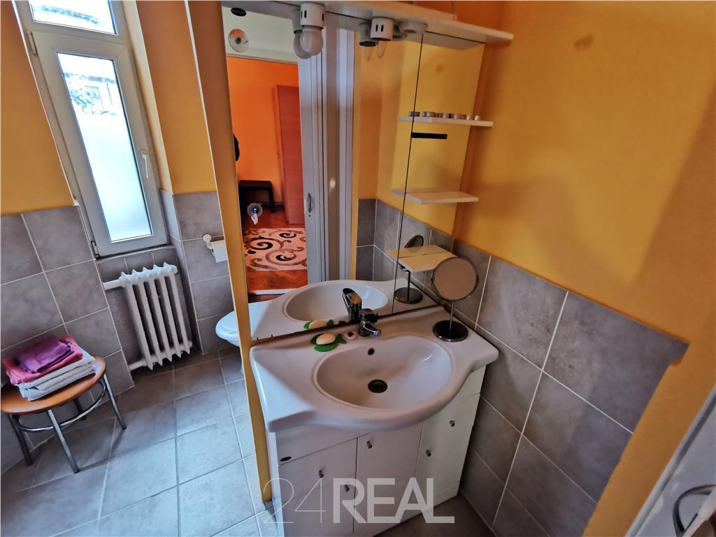 Apartament - Central Piata Romana - Lahovari