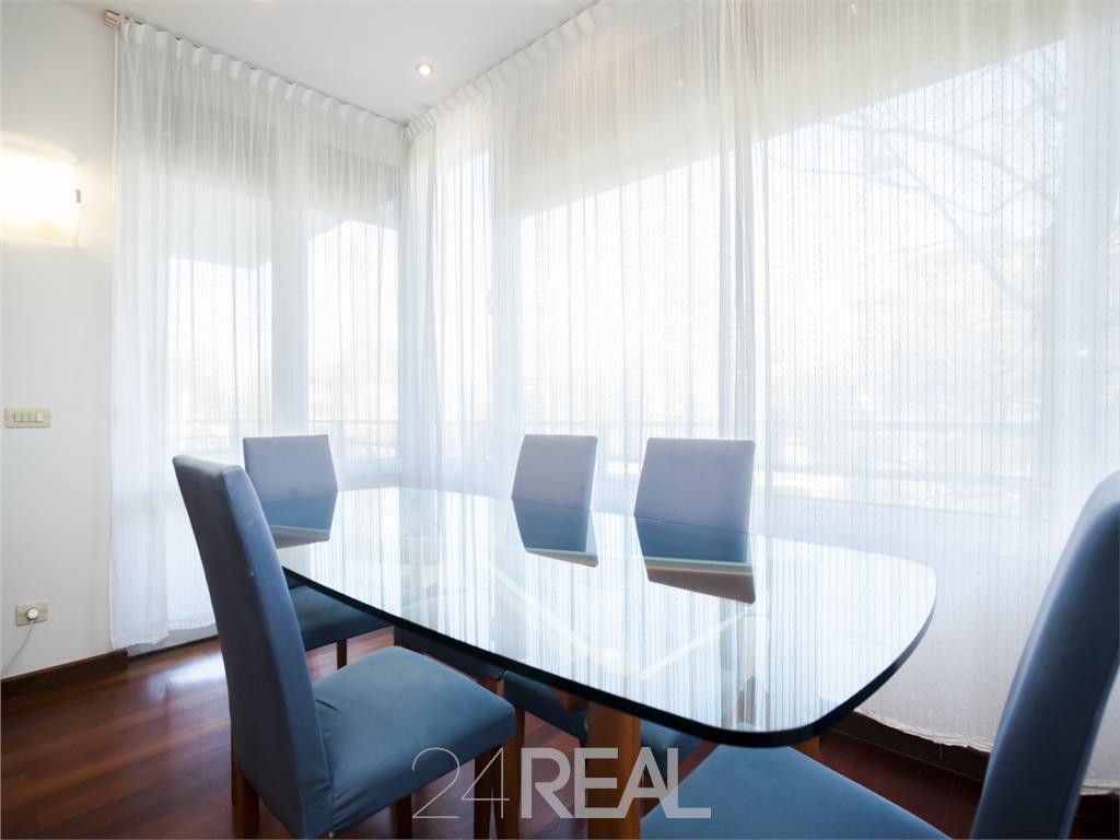 Apartamente 4 camere pretabil birouri / locuinta - Arcul de Trimuf