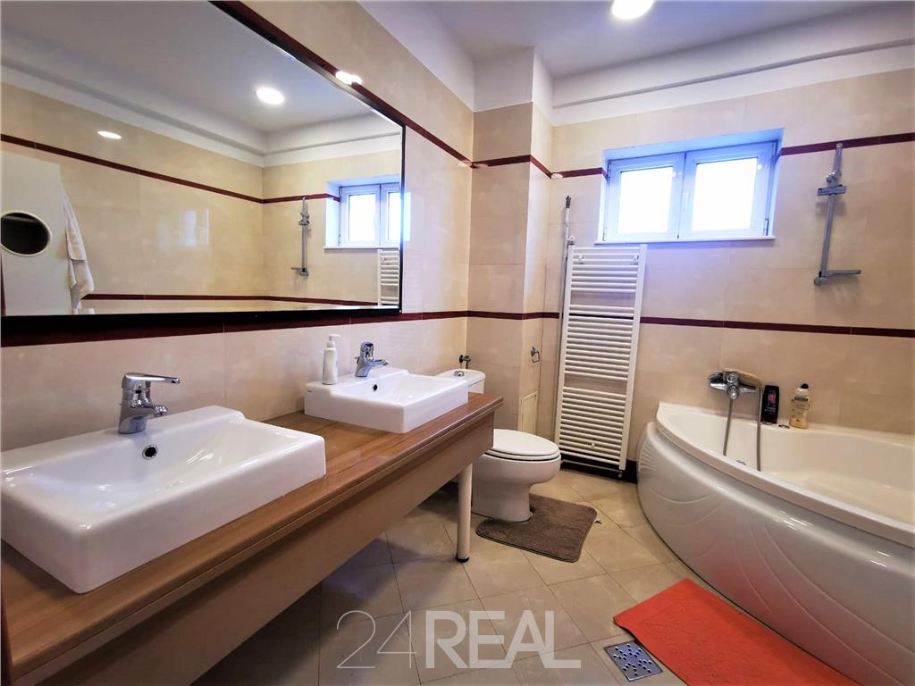Apartament 3 camere Primaverii - Cehov