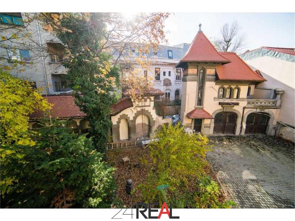 Vila stil clasic, monument istoric, de inchiriat
