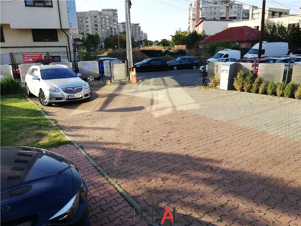 Spatii pentru birouri cu multe locuri de parcare