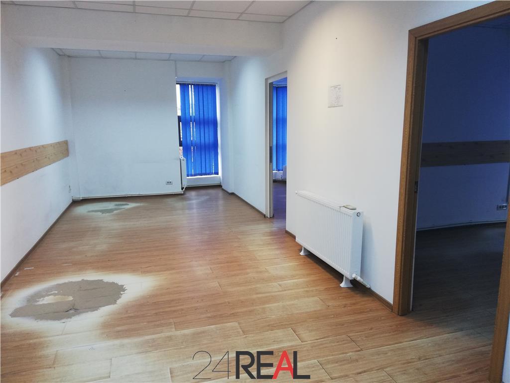 Spatii pentru birouri - 120 mp compartimentati