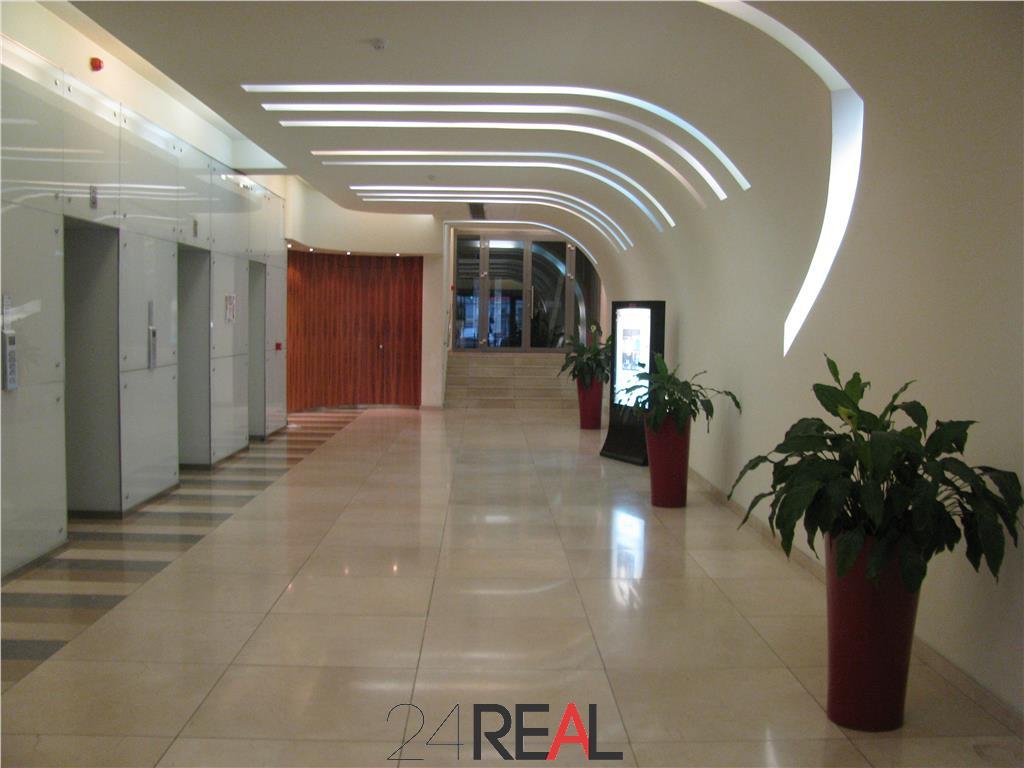 Inchirieri birouri clasa A - Excelsior Business Center