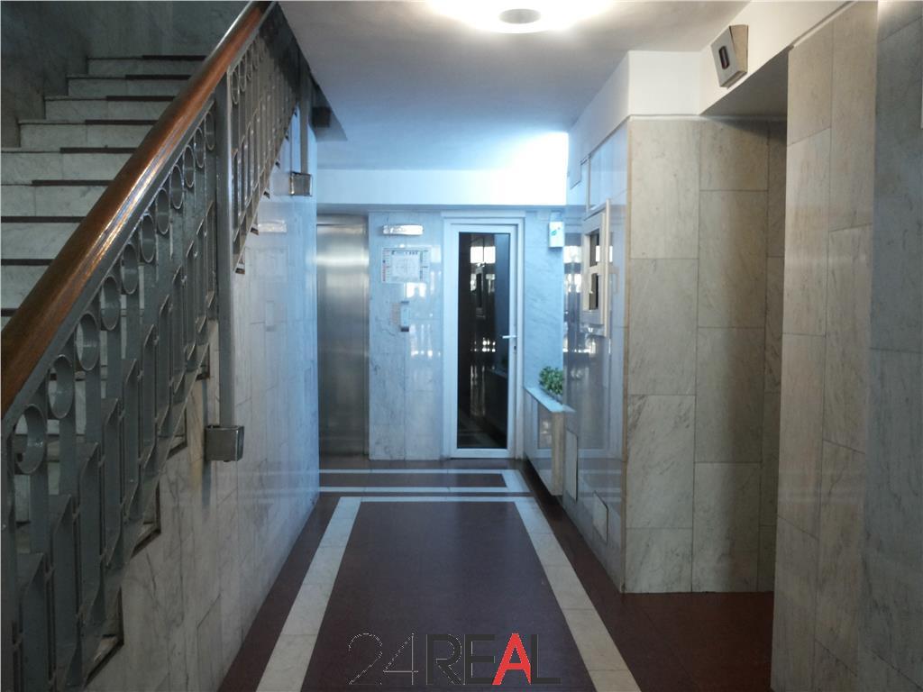 Spatii birouri in Sitraco Center - 89 mp - multiple variante