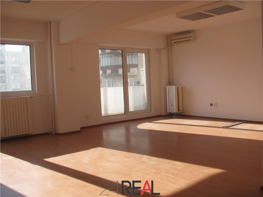 Spatii pentru birouri cu suprafete 3 camere 76 mp 4 camere 96 mp