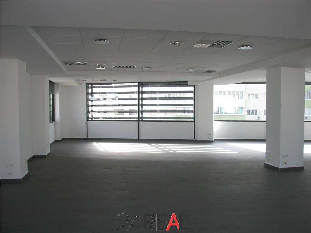 Inchiriere spatii de birouri -  de la 215 mp