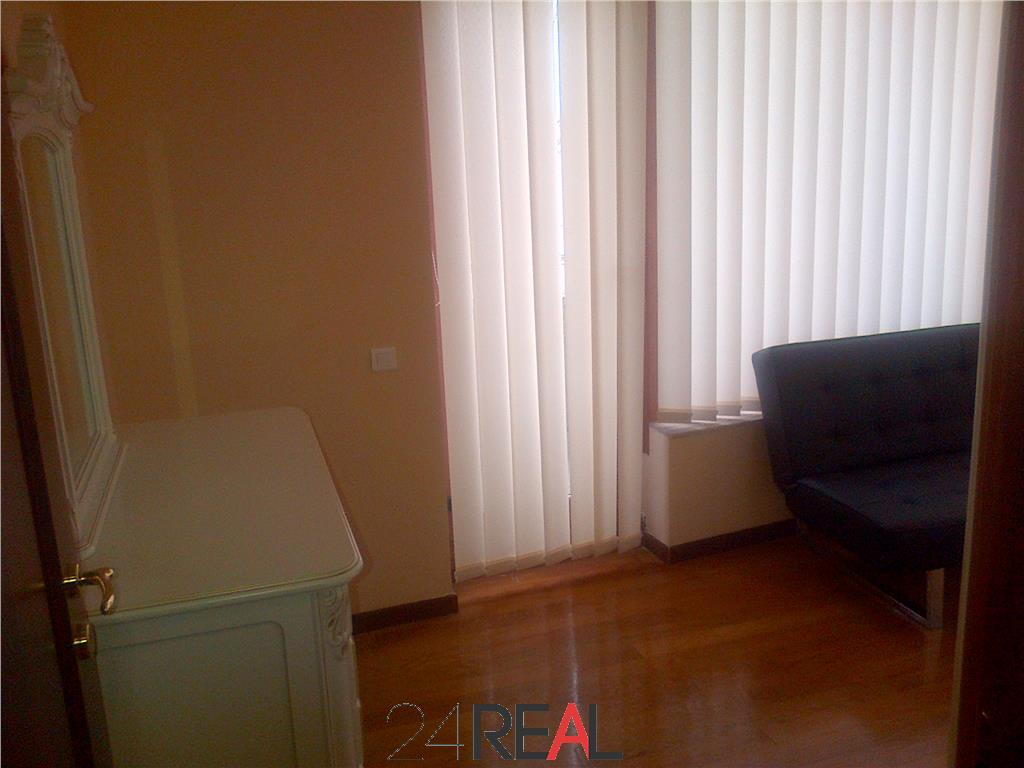 Inchiriere Apartament - pretabil birou/rezidenta