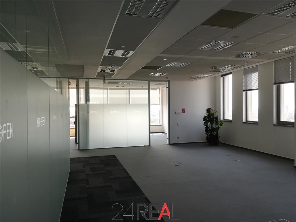 Birouri in Lakeview Office Building - de la 298 mp la 5000 mp