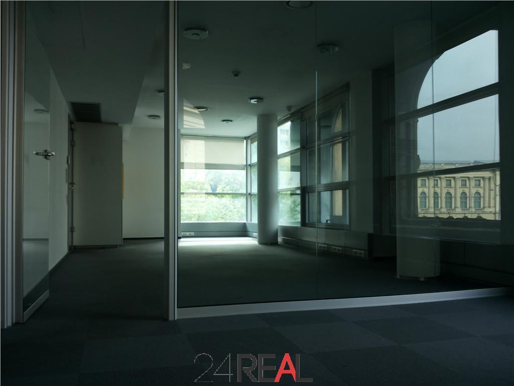 Inchiriere birouri in cladire deosebita - Sala Palatului