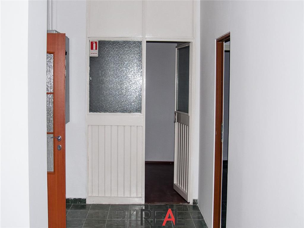 Spatiu comercial 111 mp Titulescu Banu Manta