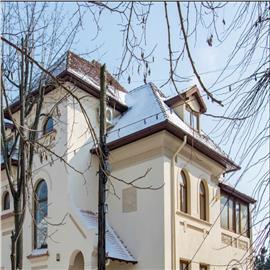 Vila interbelica renovata de inchiriat pentru birouri