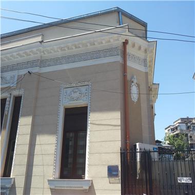 Vila stil clasic - pentru birouri de vanzare