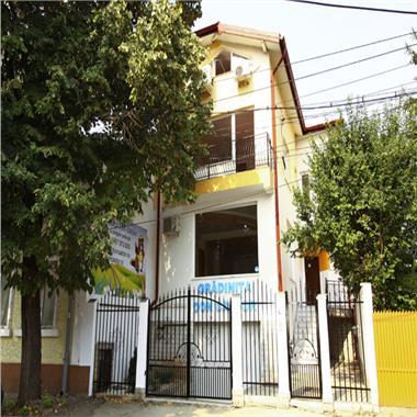 Spatii de birouri in vila - 400 mp - 3200 E