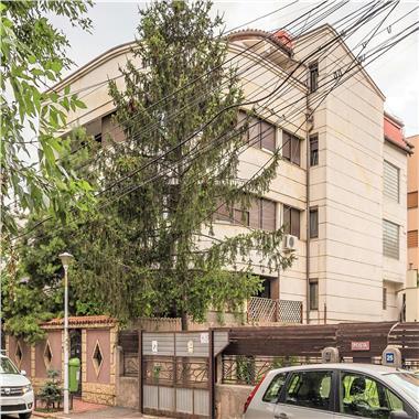 Vila in zona selecta - pretabil birouri, ambasada, locuinta