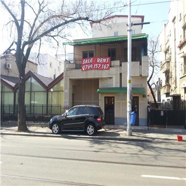 Vanzare cladire pretabila restaurant sau birouri
