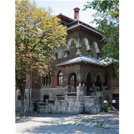Vila clasica, renovata, de inchiriat pentru birouri - parcare privata