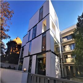 Spatiu birouri / Ambasada - cladire exclusivista - ultramoderna