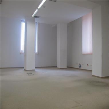 Spatiu pentru birouri in zona ultracentrala de la 235 mp