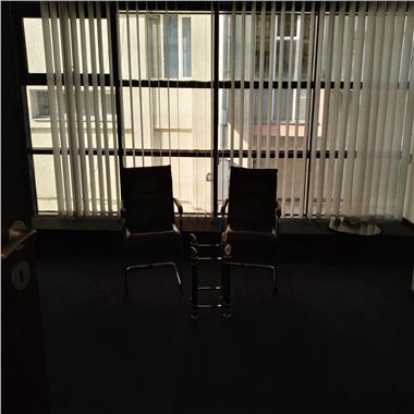 Inchiriere spatii birouri - preturi intre 10 - 11Eur - Barbu Vacarescu