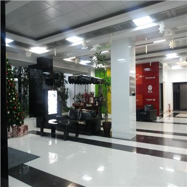 Inchirieri spatii birouri/showroom in cladire clasa A - 303 mp Parter