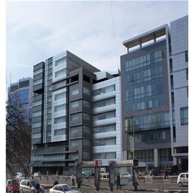 Spatii pentru birouri - 200 mp + terasa 105 mp