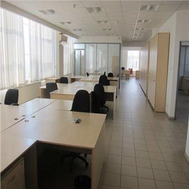 Spatii pentru birouri  in zona de sud de la 515 mp
