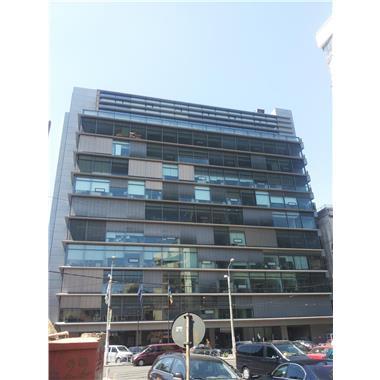 UTI Business Center - birouri clasa A in centru