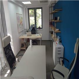 Spatii de birouri in zona ultracentrala - 74 mp si un loc de parcare