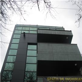 Inchiriere birouri in zona centrala - 125 mp, loc parcare inclus