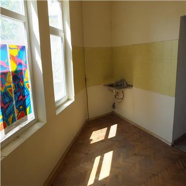Apartamente de inchiriat pentru birouri in centrul vechi