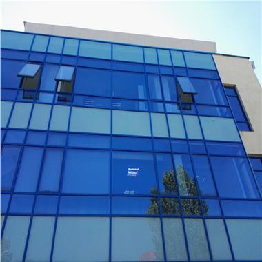 Cladire de birouri, amenajata clinica medicala - de vanzare