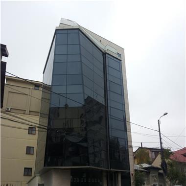 Inchirieri birouri langa Hotel Marriott 70 mp + terasa 20 mp